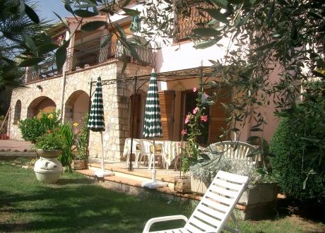 Chambres d'Hôtes Villa L'Escandihado