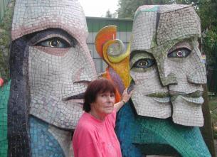 SPECTACLE : Heidi Melano, une artiste mosaïste à Biot