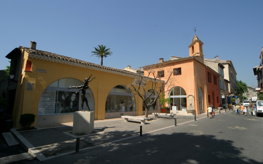Museum of History and Ceramics of Biot