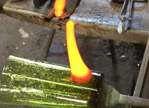 Initiation course with blown glass - Biot glassworks
